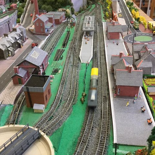 Modellers club N gauge layout